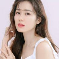 Profilbild för Lyly Utami