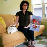 Grupplogga för Hausfrau av Jill Alexander Essbaum